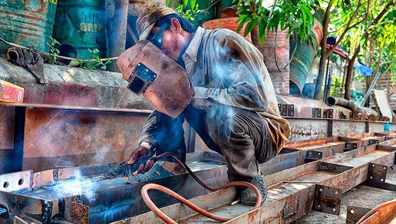 work-steel-dirty-industry-craft-heat-1173350-pxhere.com_-802x454